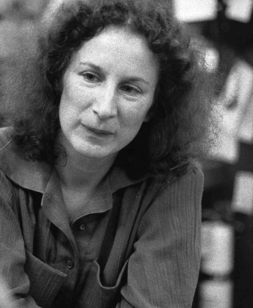 the female body essay by margaret atwood This essay examines scholarly discourses about embodiment, and their increasing scholarly currency, in relation to two novels by the canadian writer margaret atwood.